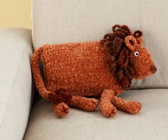 Free Crochet Pattern: King Of The Jungle Pillow