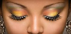 We'll take a look at how to apply fake eyelashes and what permanent fake eyelashes are about. Applying fake eyelashes can give you look more beautiful. I Love Makeup, Blue Eye Makeup, Eye Makeup Tips, Makeup Trends, Beauty Makeup, Beauty Art, Semi Permanent Eyelash Extensions, Eyelash Extensions Salons, Makeup Ideas