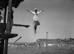 gif mujer volando