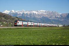 Regio Express 4864 from Chur via Sargans-Rorschach-St.Gallen to Wil (SG), with doubledeck trainset RABe 511 021 (Stadler Rail) between Sevelen and Buchs (SG). High Speed Rail, Swiss Railways, Chur, Train Rides, Switzerland, Electric, The Unit, Travel, Viajes