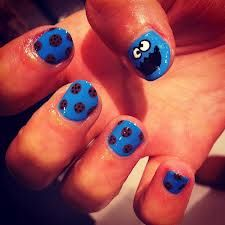 Who has the steady hands to pull this off. Cookie Monster Nails. Sesame Street Present!