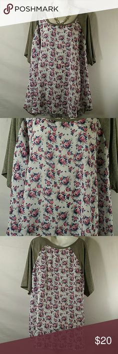 NWOT * Tunic Top * Plus Size * Beautiful * Gray/White Floral * Short Sleeve * Polyester Rayon and Spandex * Bundle and Save * Torrid  Tops
