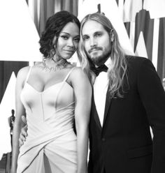 Pin for Later: Stunning Oscars Pictures You Haven't Seen Yet Zoe Saldana and Marco Perego