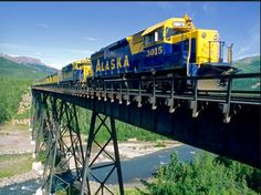 Many Denali-bound (Mt. McKinley to you Outsiders) travelers use the Alaska Railroad, which drops visitors off at the entrance to the park. In summer, the railroad runs between Anchorage and Fairbanks and stops daily at the Denali railroad station. Train Tracks, Train Rides, Train Trip, Alaska Train, Denali Alaska, Alaska Usa, Alaska Railroad, Alaska Adventures, Visit Alaska
