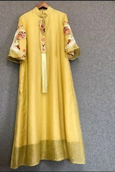 Organza Tunic Hand embroidered All type of Customization possible as per Requirement. Fancy Dress Design, Stylish Dress Designs, Stylish Dresses, Pakistani Fashion Casual, Pakistani Dresses Casual, Kurti Embroidery Design, Embroidery Fashion, Haute Couture Trends, Kalamkari Dresses