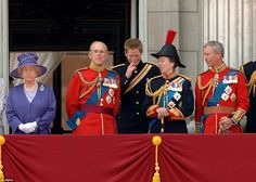 The quiet musings of the royal family