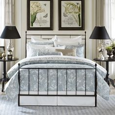 Complete any elegant bedroom with the Harbor House Chelsea 3-piece duvet cover set, featuring a paisley pattern in a white and blue finish. Including a duvet cover and two shams, this set is machine washable for easy care and repeated use.