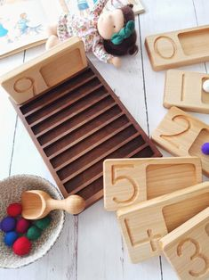 The Waldorf learning resource educating your littles on their number learning, fine motor skills, hand eye coordination and their mathematical skills. Handmade ethically in Turkey, this beautiful wooden counting tray set comes with 10 trays. Set of wooden sorting trays includes 10 trays with numbers