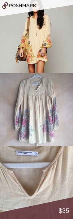 ⚡️SALE⚡️ Mes Demoiselles He Loves Me Floral Dress RePosh- the original seller did not show all of the flaws. Please see all photos of small stain, and seams before purchasing. In my opinion this is more of a tunic than a dress unless you're really short. Would fit an xs-s best. Price reflects condition. Mes Demoiselles Dresses Mini