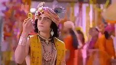 New Krishna, Krishna Gif, Radha Krishna Songs, Krishna Flute, Radha Krishna Love Quotes, Cute Krishna, Radha Krishna Pictures, Krishna Photos, Radha Kishan