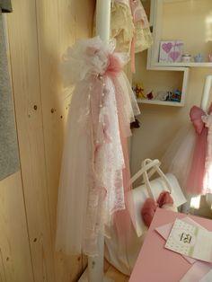 Λαμπάδα με δαντέλες! Girls Dresses, Flower Girl Dresses, Tulle, Wedding Dresses, Skirts, Fashion, Dresses Of Girls, Bride Dresses, Moda