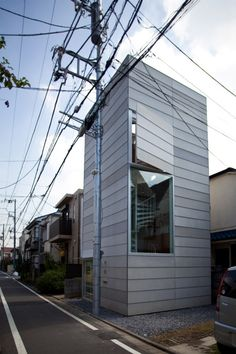 Small House by Unemori Architects stunning! get those wires outta the way :)