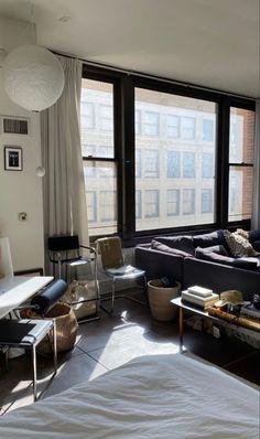 Chic Interior Design | #opulentmemory #minimalist #homedcor #classic Living Room Inspo, Decor, Decor Interior Design, Furniture, Chic Interior Design, Corner Wall Decor, Kitchen Style, Living Spaces, Room Inspo