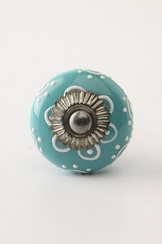 must have cute drawer pulls SOMEWHERE in my house