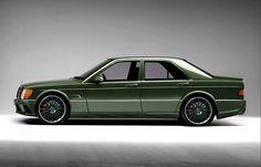 """Mercedes 190E ( leverbeige ) Dit was auto nr.6 Snelle auto en terug weer een benzine motor. Erik noemde het altijd een """"einspritz"""" Kenteken: EDH-121"""