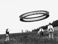 1898 Cerf-volant à double disque avec structure tétraédrique. Alexander Graham Bell