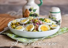 Portuguese salad with tuna and chickpeas - Amour de cuisine - - Salad In A Jar, Salad Bar, Diet Recipes, Cooking Recipes, Healthy Recipes, Portuguese Recipes, Portuguese Food, Greens Recipe, Summer Recipes
