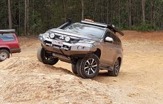 montero sport 2017 off road Outlander 2017, Outlander Phev, Mitsubishi Shogun, Mitsubishi Pajero Sport, Montero Sport, Suv 4x4, Mitsubishi Outlander, Expedition Vehicle, Brownie Recipes