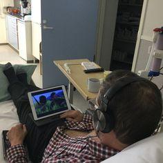 Potilas katsoo elokuvaa ja veri puhdistuu samalla.