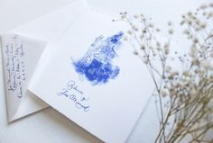 Un martillo de cristal es feo es una empresa dedicada a la caligrafía manual aplicada al diseño de invitaciones y cartelería de bodas así como de elementos personalizados para regalar o decorar, todo con la caligrafía personalizada para vuestra boda.