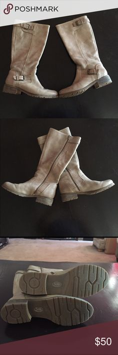 Sandy calf length boots!! Super cute and comfy boots. Buckles at top and bottom. Sofft Shoes