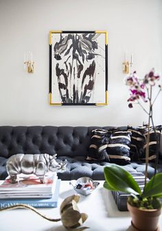 the zebra print artwork brings the whole living room together.