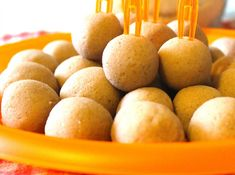 Protein Balls (fara zahar, continut scazut de grasimi, 100% natural) – Dulciurile nu îngrașă Protein Ball, Sugar Free Desserts, Sugar Free Deserts, No Sugar Desserts