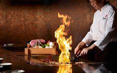 Teppanyaki Table | How To Cook Japanese Teppanyaki? - Cookeryaki Japanese Dinner, Japanese Chef, Wagyu Beef, Beef Sirloin, Dinner For Group, Teppanyaki Restaurants, Sushi, Spanish Dishes, Asian Recipes