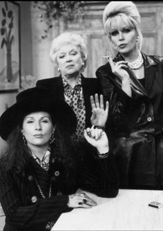 Absolutely Fabulous----Darling you know Mommie loves you---lol British Tv Comedies, British Comedy, Comedy Show, Comedy Tv, Patsy And Eddie, Edina Monsoon, Jennifer Saunders, Joanna Lumley, Ab Fab