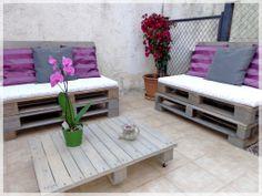 Pallets Garden Lounge / Salon de jardin en palettes La patte de Notablueta  http://notablueta.canalblog.com/archives/2014/05/12/28138274.html