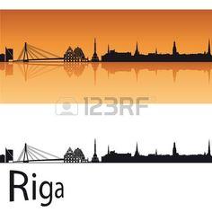 Riga horizonte en el fondo de color naranja en editable