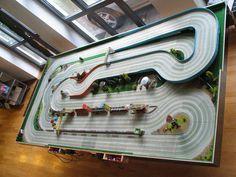 Ho Slot Cars, Slot Car Racing, Slot Car Tracks, Pista, Scalextric Track, Car Table, Rc Model, Rc Cars, Courses