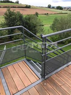 Study and manufacturing Creation of an outdoor steel terrace near Lyon – CREAMETAL - Modern