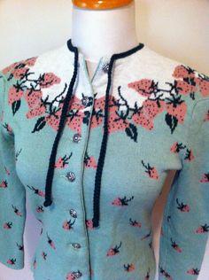 Vintage 1940s Catalina cardigan - strawberry motif Women's vintage pinup girl fashion rockabilly sweater