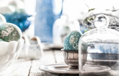 TRUE BLUE : NATURAL EASTER EGG DYEING : Little Rusted Ladle : Easter : #LittleRustedLadle #Easter #NaturalDye #TableSetting #FoodPhotography #Recipes #Food #Photography #Midwest #Wisconsin #Masking #Marble #EasterEggs #Eggs @Jena Carlin @Jim Rude