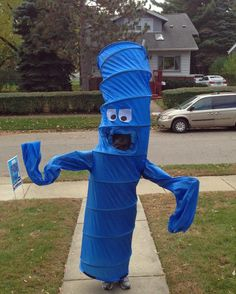 Flailing Tubeman Costume - - Find more Halloween ideas at DIYNetwork.com >> http://www.diynetwork.com/how-to/make-and-decorate/decorating/easy-homemade-halloween-costumes-for-kids-pictures?soc=pinterest