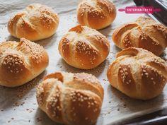 Food Pyramid, Cooking Tips, Hamburger, Bakery, Bread, Recipes, Basket, Brot, Recipies