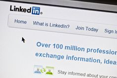 The fake LinkedIn recruiter network hackers are using to reel in business users Email Marketing, Social Media Marketing, Digital Marketing, What Is Linkedin, Web Social, Job Employment, Online Jobs, Business Opportunities, Online Business