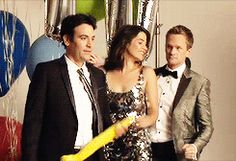 Cobie Smulders and Neil Patrick Harris being awesome gif . How I Met Your Mother #himym