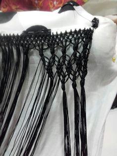 Piña de gusano Flamenco Costume, Macrame Tutorial, Couture, Paracord, Corset, Sewing, Hippy, Newspaper, Knots