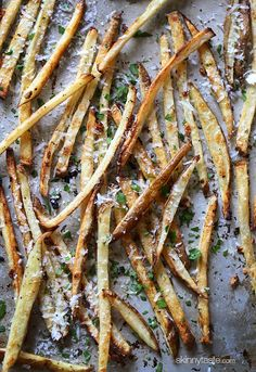 Skinny Garlic Parmesan Fries | Skinnytaste/We love these and they will be a regular in our house. I sliced my potato with a spiralizer and made curly fries. Only set the oven to 400 and cooked for 12 minutes total. Delicious!