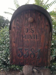 How looks cedar door aged by me Rustic Mailboxes, Cedar Door, Going Postal, Landscaping, Craft Projects, Woodworking, News, Crafts, Manualidades