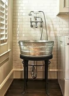 awesome utility sink idea - looks great for bathing dogs, no bending- outside in porch