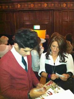 Zayn with his mom