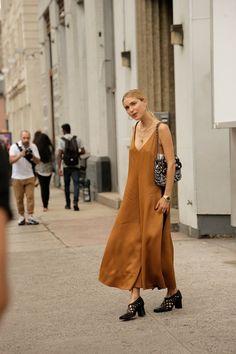 Copper Dress on Look de Pernille | Street Style #StreetStyle