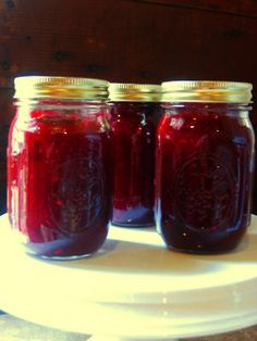 My Messy, Thrilling Life: Cranberry Jalapeno Jam (Or, What To Do in a Cold Kitchen)