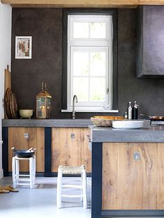 simple and elegant wood kitchen - I'm a sucker for country chic