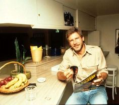 Harrison Ford reads.