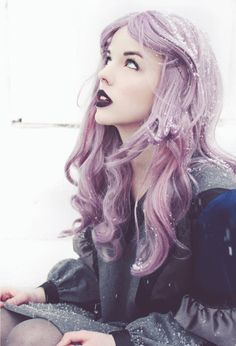 Lilac hair and purple lipstick..  I dig it.  This is definitely more geek bait.  We like that random, unusual stuff.