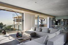 Saota - Stefan Antoni Olmesdahl Arquitectos Truenen colaboración con14 arquitectoshan completado el diseño para La Casa 2961 Glen, una residencia modern